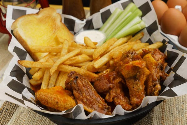 Traditional Wings & Combos