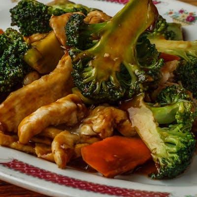 D8. Chicken Broccoli (Dinner)