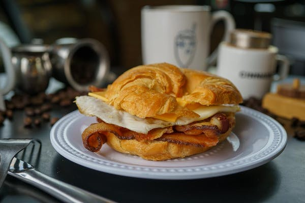 Breakfast Croissant Sammie