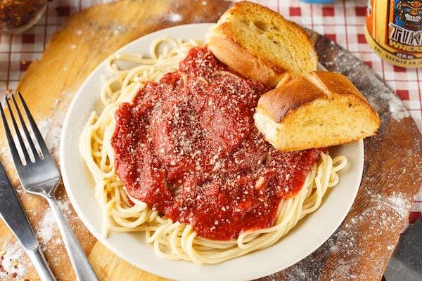 Justa's Spaghetti & Bread