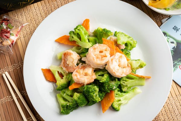 68. Shrimp with Broccoli