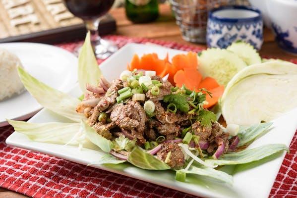 Y6. Thai Art Style Beef Salad