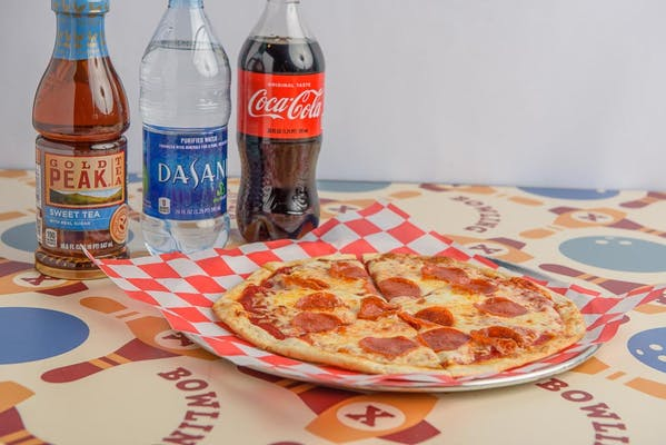 Pepperoni Pizza Coca-Cola Combo