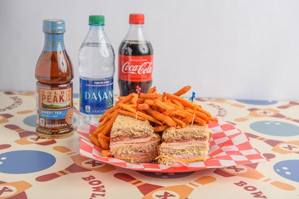 Flush Club Sandwich Coca-Cola Combo