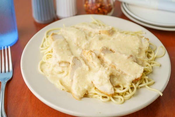 Spaghetti with Alfredo & Chicken