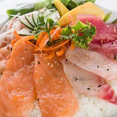 Chirachi Sashimi