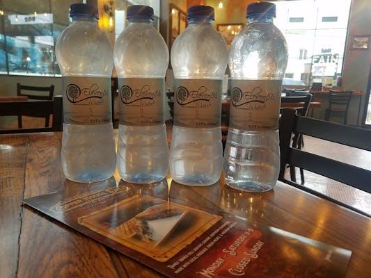 Eleven86 Real Artesian Water