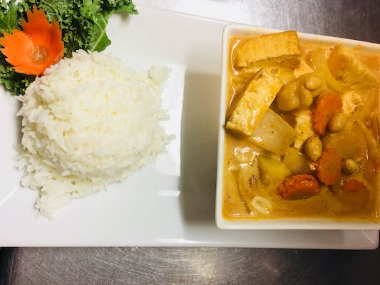 Massaman Curry & Rice