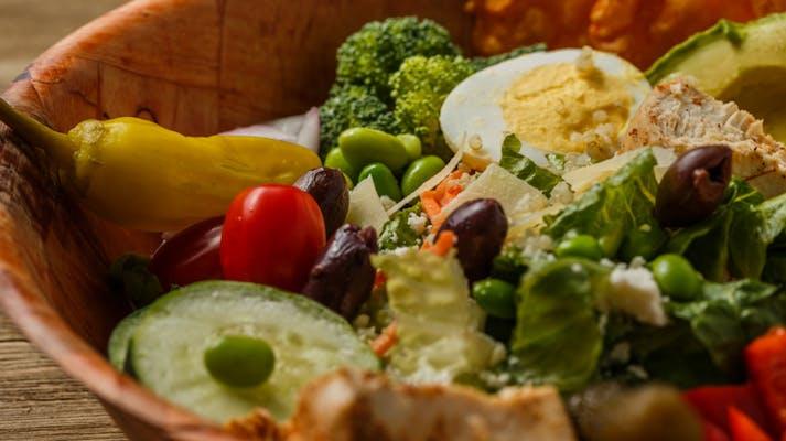 Six-Topping Salad