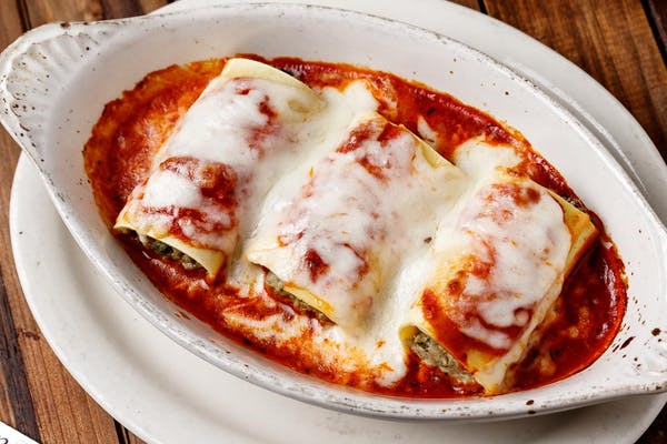 Manicotti Lunch Special