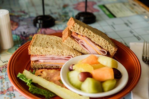 Deli Ham Sandwich