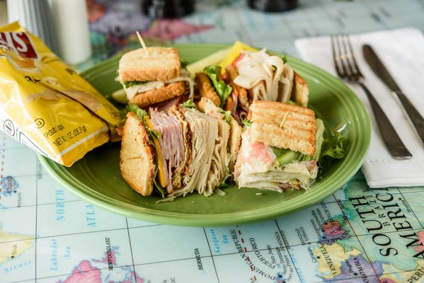 New York Club Sandwich Meal