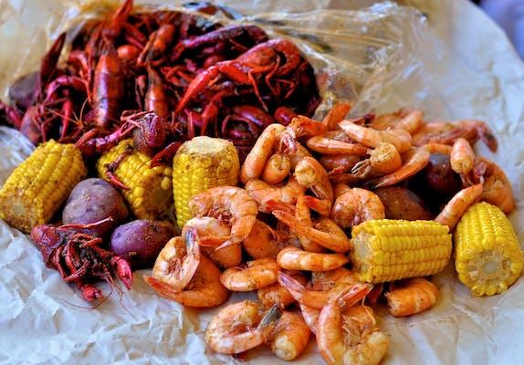 3lb Crawfish 1/2 lb Shrimp Combo
