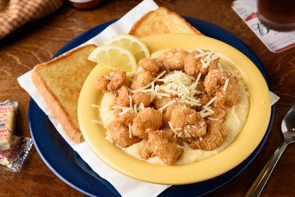 Cajun Shrimp & Grits Bowl