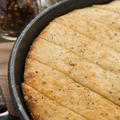 Fresh-Baked Pan Sticks