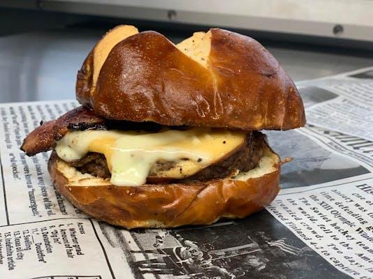 Bacon & Gouda Burger