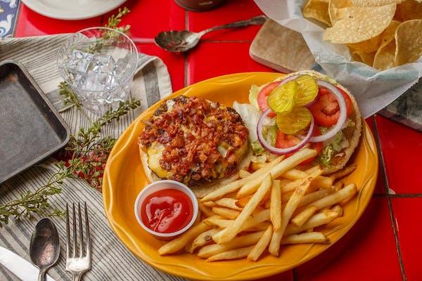 Grande Burger & Fries