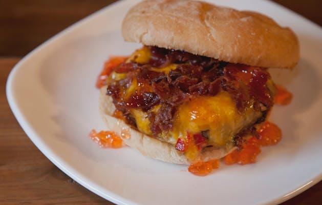 Bacon Pimento Cheeseburger
