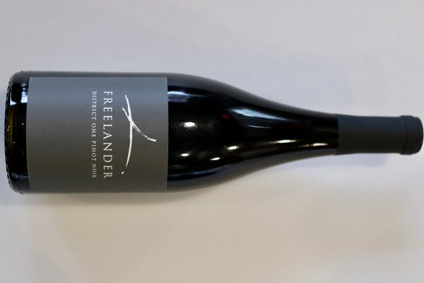 Freelander Pinot Noir