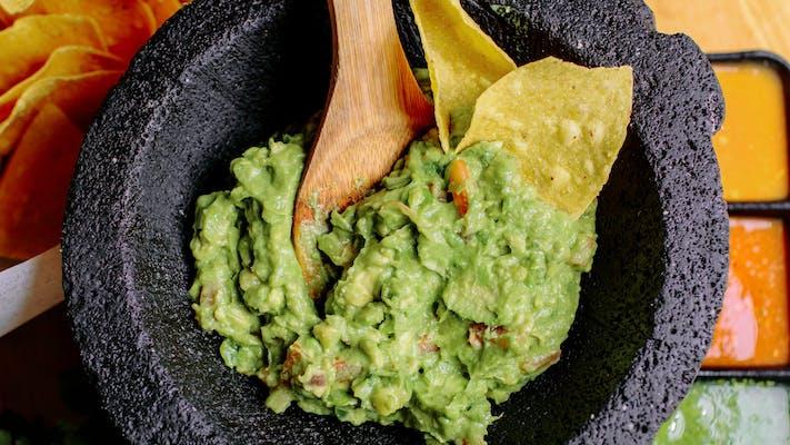 Traditional Guacamole (Serves 2)