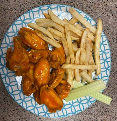 12 wings with fries
