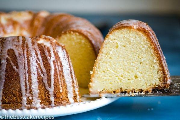 """8"""" Single Layer White Pound Cake"""