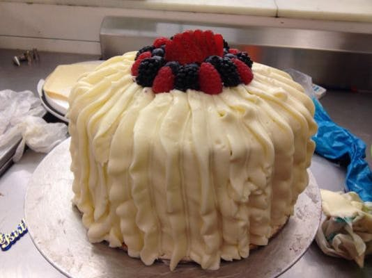 """8"""" Double Layer Gentilly Berry Cake"""