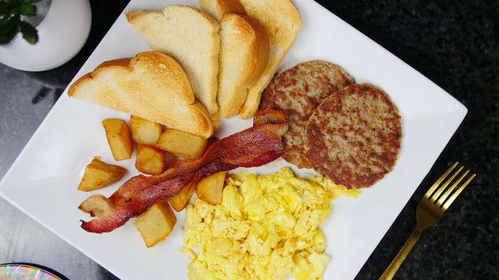 #9. King Breakfast Plate