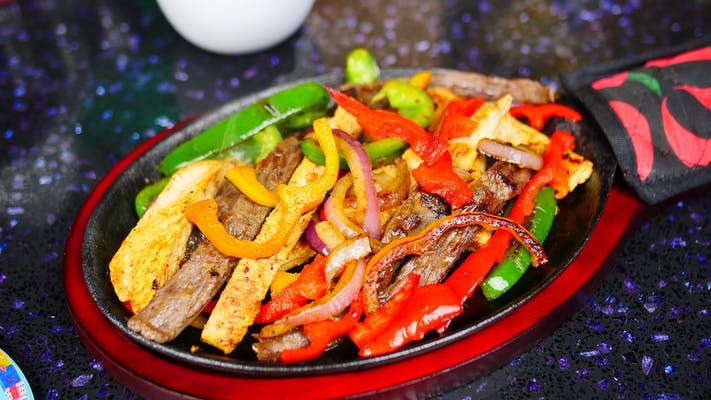 #19. King Fajitas Parrillada