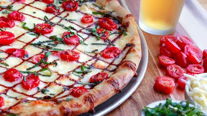 Mozzarella Caprese Pie