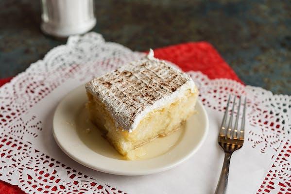 Makarios Cake