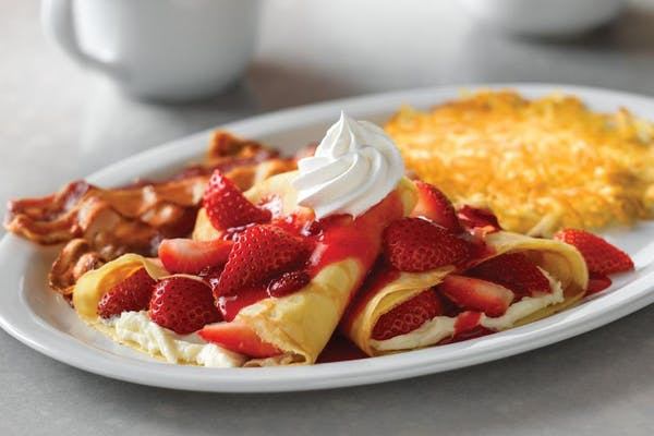 Strawberry Crêpes Combo