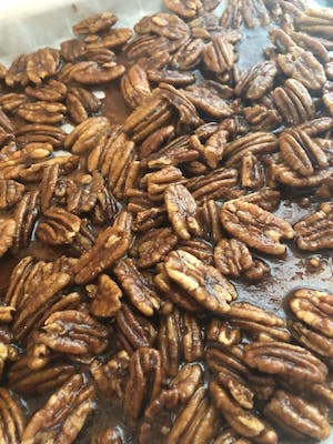Keto German Style Candied Pecans