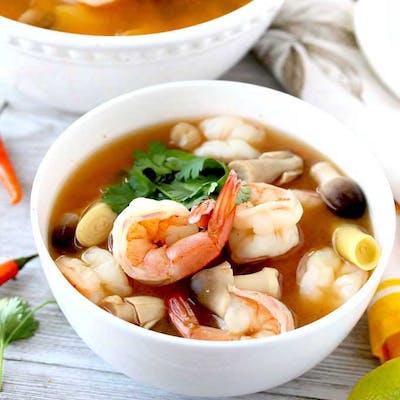 Tom Yum Lemongrass Soup (Hot and Sour)