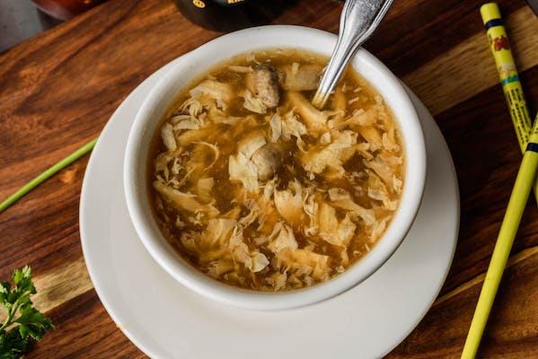S1. Seafood Hot & Sour Soup