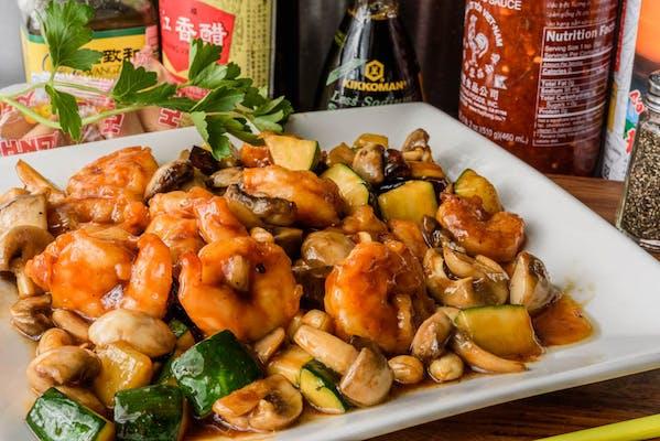 SF6. Kung Pao Shrimp