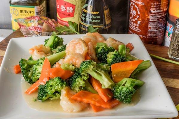 SF9. Shrimp with Broccoli