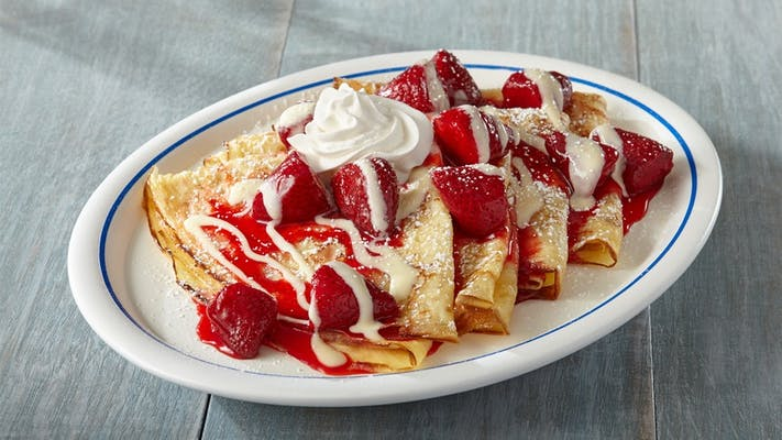 Strawberry & Creme Crepes
