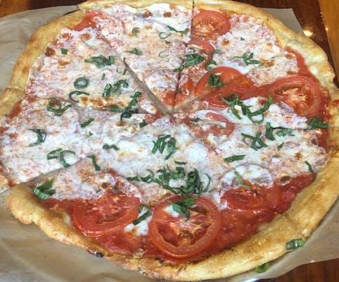 Classic Red Vine Pizza