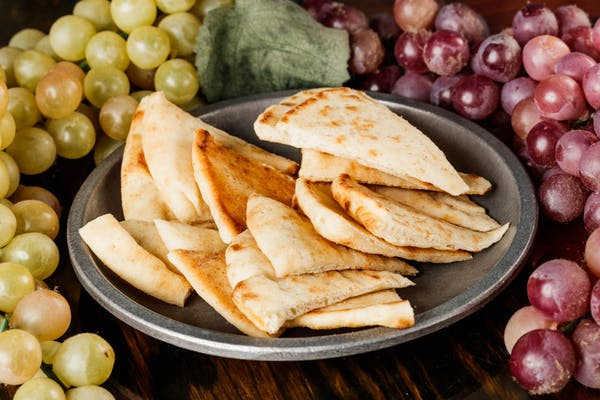 Side Baked Pita Chips