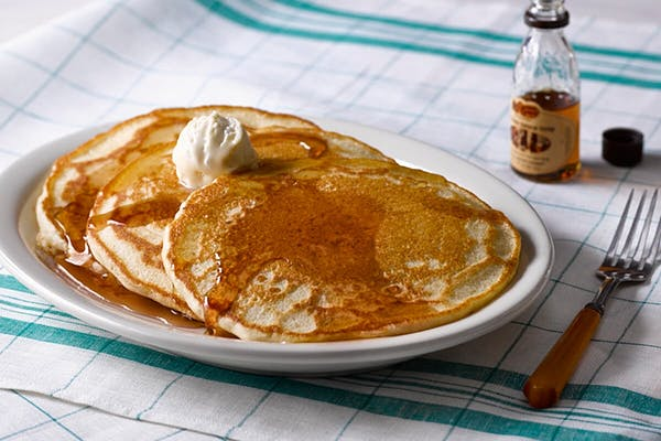 Buttermilk Pancakes with 100% Pure Natural Syrup