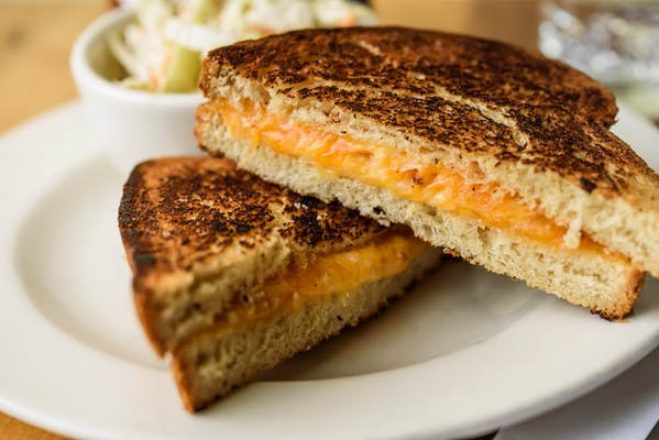 Grilled Cheddar Cheese Sandwich