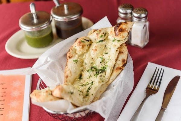 77. Cheese Garlic Naan