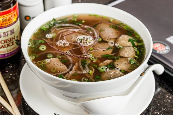 P4. Beef Combination Noodle Soup