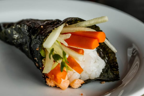 Vegetable Hand Roll