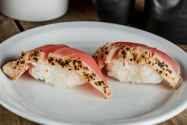 Peppercorn Tuna Sushi
