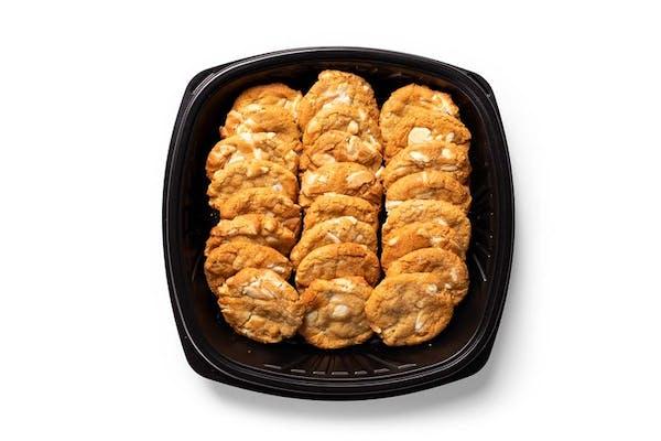 24 White Chocolate Macadamia Nut Cookies