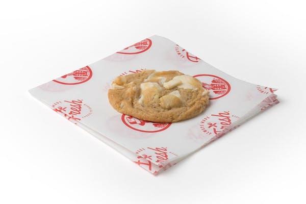 White Chocolate Macadamia Nut Cookie