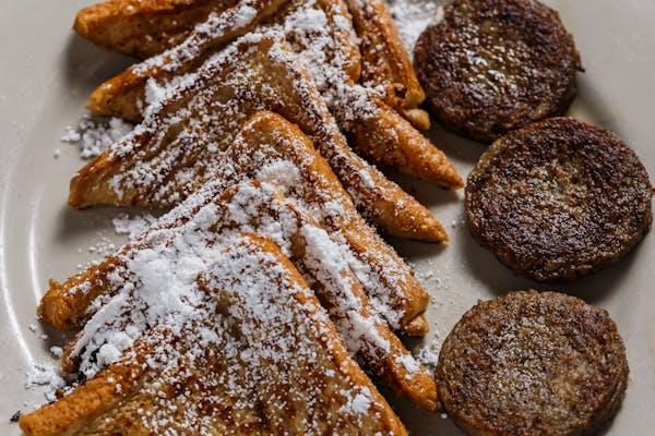 B4. French Toast & Breakfast Meat