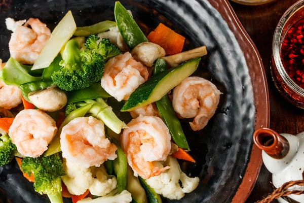Steamed Shrimp with Mixed Vegetables